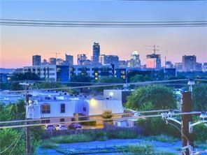 1405 Hyde St, Austin, TX 78741 (#7193177) :: The ZinaSells Group