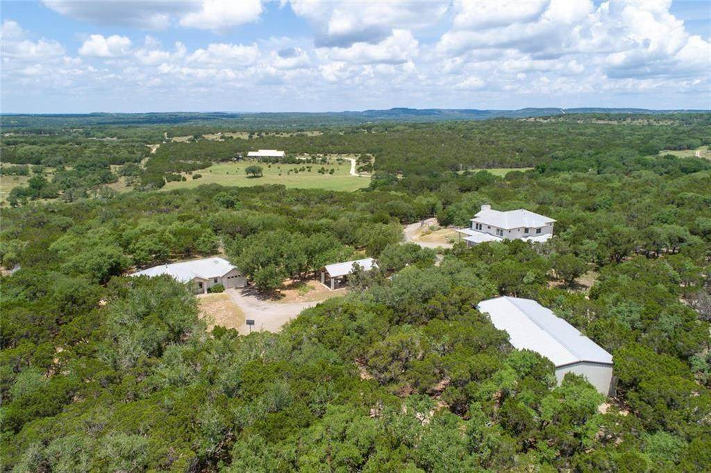 587 Wimberley Ranch Dr - Photo 1