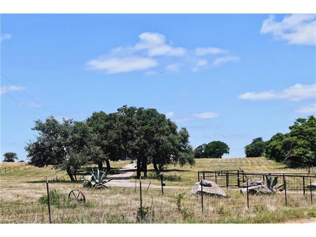 1560 County Road 287, Liberty Hill, TX 78642 (#7507261) :: The ZinaSells Group