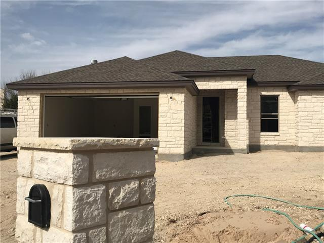 200 Fairway Cir, Point Venture, TX 78645 (#7612690) :: Forte Properties