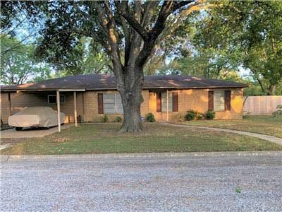 1027 N Burleson St, Giddings, TX 78942 (#7629111) :: RE/MAX Capital City