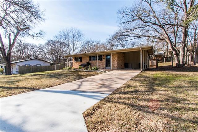 1802 Victoria Dr, Austin, TX 78721 (#8036984) :: Watters International