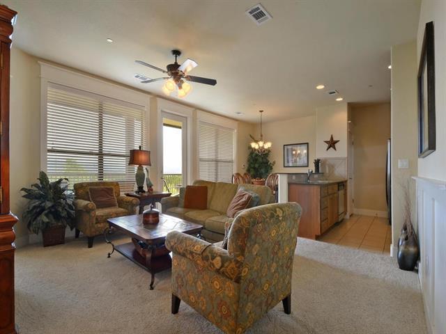 17700 Edgewood Way #202, Jonestown, TX 78645 (#8050558) :: RE/MAX Capital City