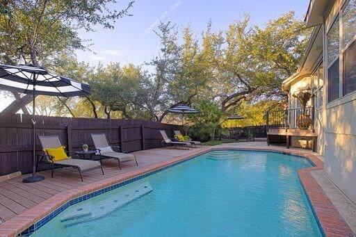 3604 Sandoval Ct, Austin, TX 78732 (#8069755) :: RE/MAX Capital City