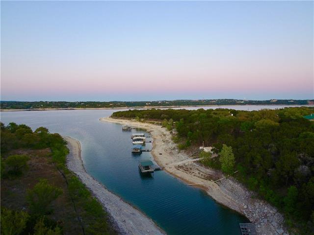 17311 Robin Hood Rd, Lago Vista, TX 78645 (#8364585) :: Forte Properties