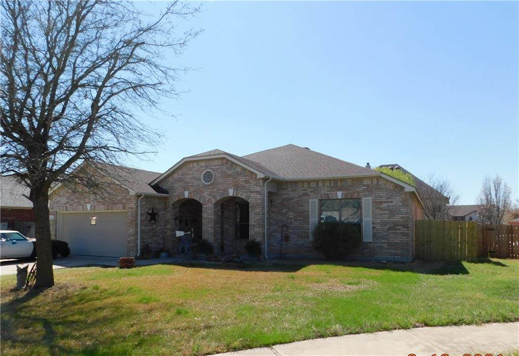 209 Boone Valley Dr - Photo 1