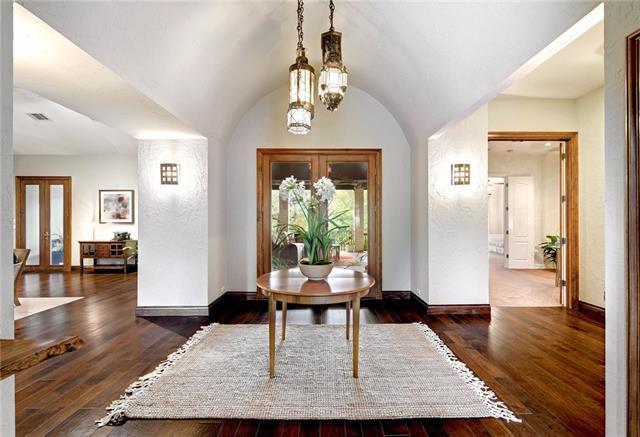 105 Woodview Ct, West Lake Hills, TX 78746 (#9277203) :: Forte Properties