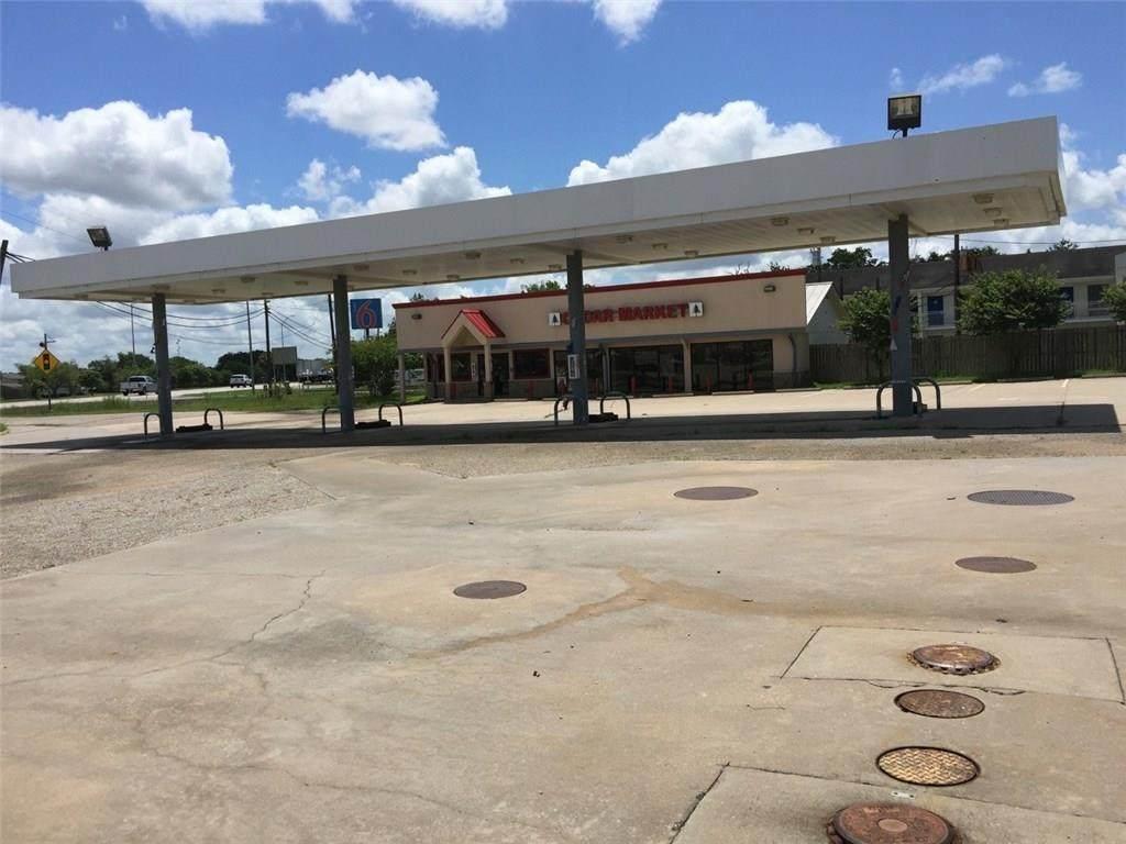 3250 Austin St - Photo 1