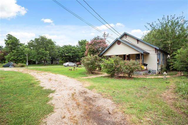 417 Giddings St, Lexington, TX 78947 (MLS #9988734) :: Brautigan Realty