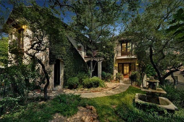 5 Stillmeadow Ct, The Hills, TX 78738 (#1713342) :: Green City Realty