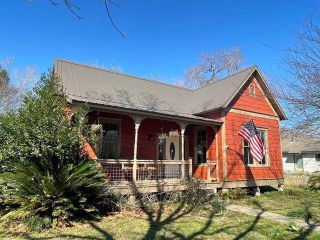 201 Short St, Smithville, TX 78957 (#2121606) :: Azuri Group   All City Real Estate