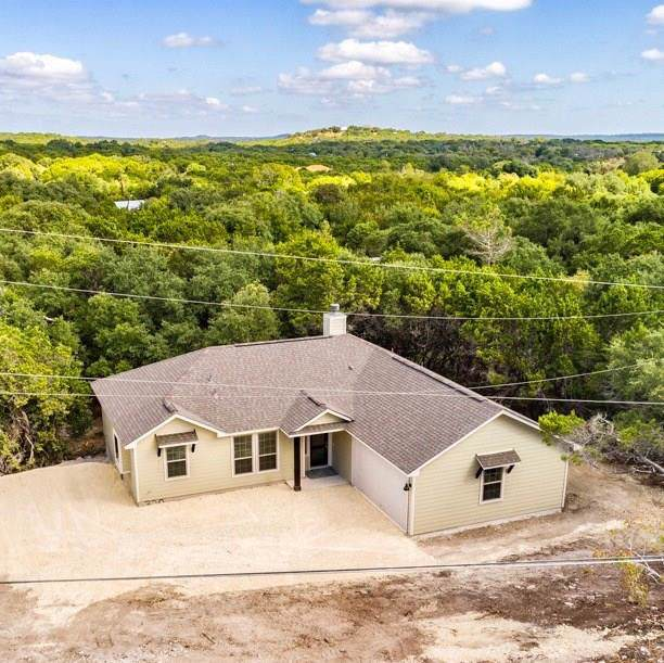 320 Little Barton Dr, Dripping Springs, TX 78620 (#2526000) :: The Perry Henderson Group at Berkshire Hathaway Texas Realty