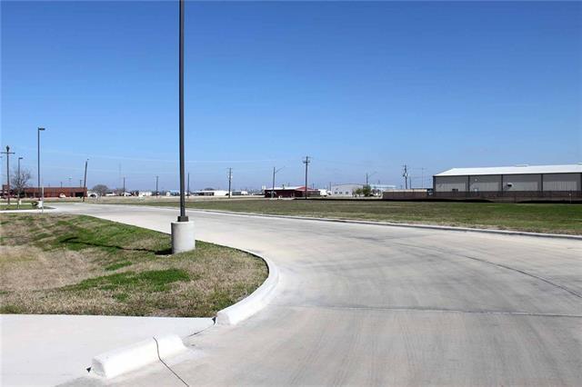1804 S Colorado St, Lockhart, TX 78644 (#2615935) :: Papasan Real Estate Team @ Keller Williams Realty