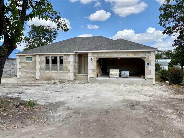 304 N 3rd St, Jarrell, TX 76537 (MLS #2756853) :: Vista Real Estate