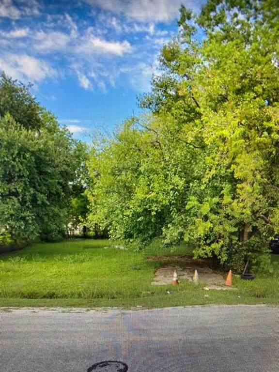 7819 Fields St - Photo 1