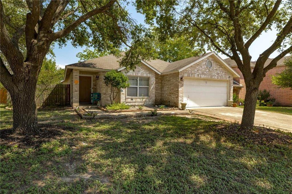 920 Justeford Dr - Photo 1