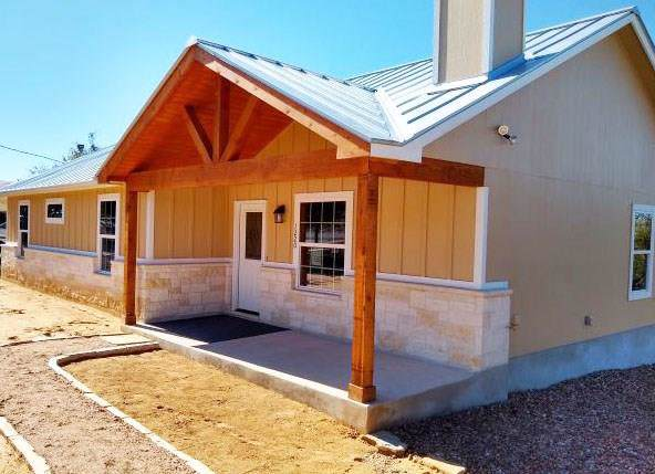 1220 Pinon Pass, Fischer, TX 78623 (#7116286) :: Zina & Co. Real Estate