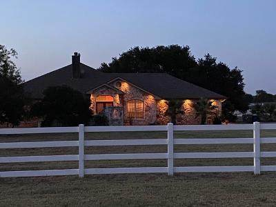 353 Heritage Loop, Hutto, TX 78634 (#7638996) :: The Perry Henderson Group at Berkshire Hathaway Texas Realty