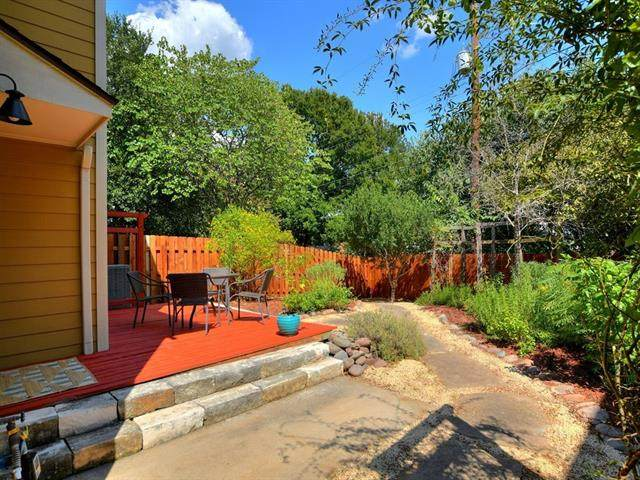 1806 Jentsch Ct B, Austin, TX 78745 (#8690598) :: The Perry Henderson Group at Berkshire Hathaway Texas Realty