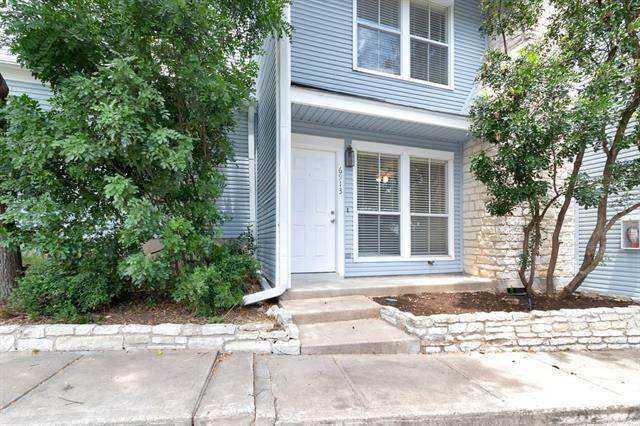 6913 Old Quarry Ln, Austin, TX 78731 (#8757596) :: The Perry Henderson Group at Berkshire Hathaway Texas Realty