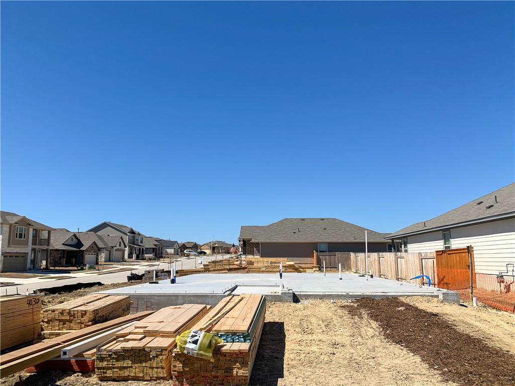 164 Gray Wolf Dr - Photo 1