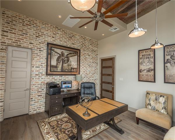 19204 Secretariat Pl, Spicewood, TX 78669 (#9871708) :: Watters International