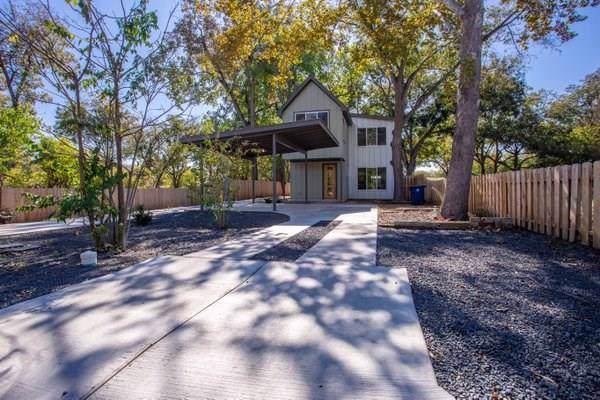 4805 Prock Ln A, Austin, TX 78721 (#5559085) :: Ben Kinney Real Estate Team