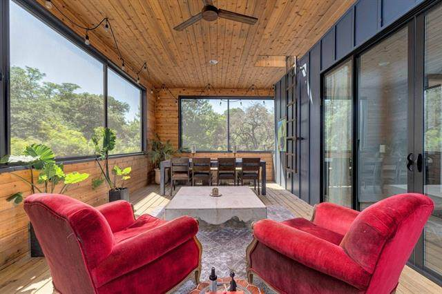 2112 Montclaire St B, Austin, TX 78704 (#5585076) :: Lauren McCoy with David Brodsky Properties