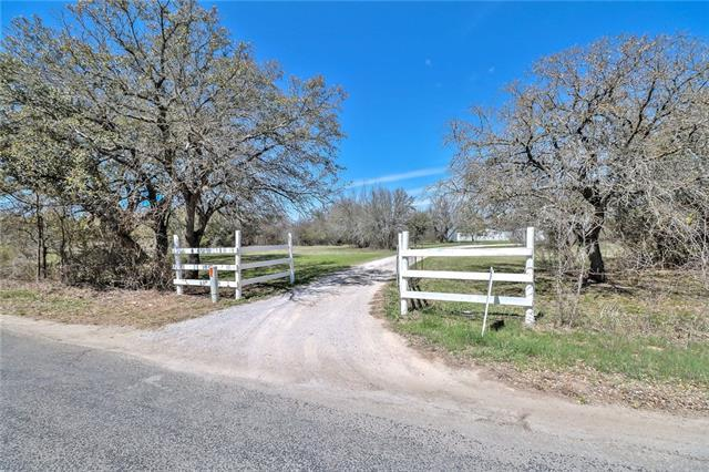 170 County Road 204, Liberty Hill, TX 78642 (#6206384) :: The ZinaSells Group