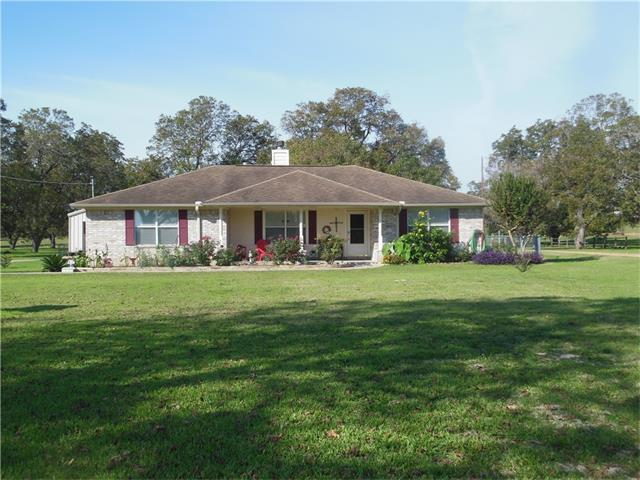 210 2 Mile Ln, Smithville, TX 78957 (#6284197) :: Kevin White Group