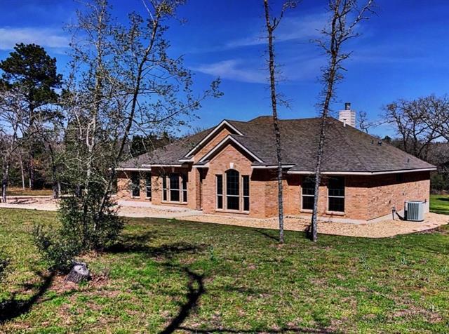 548 Arbors Cir, Elgin, TX 78621 (#6838553) :: Forte Properties