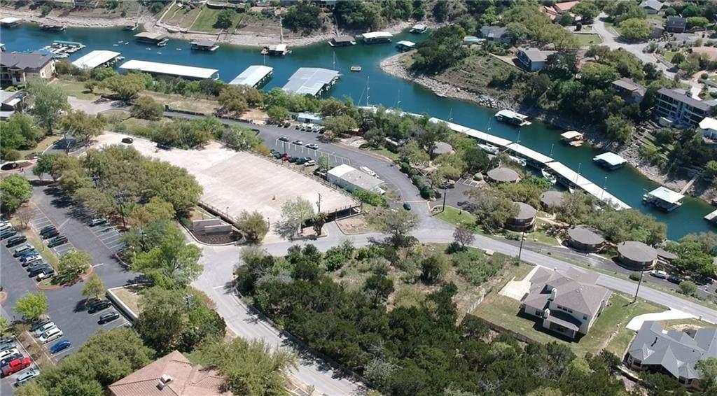 112 Lakeway Dr - Photo 1