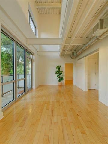 603 Davis St #102, Austin, TX 78701 (#4822272) :: Lauren McCoy with David Brodsky Properties