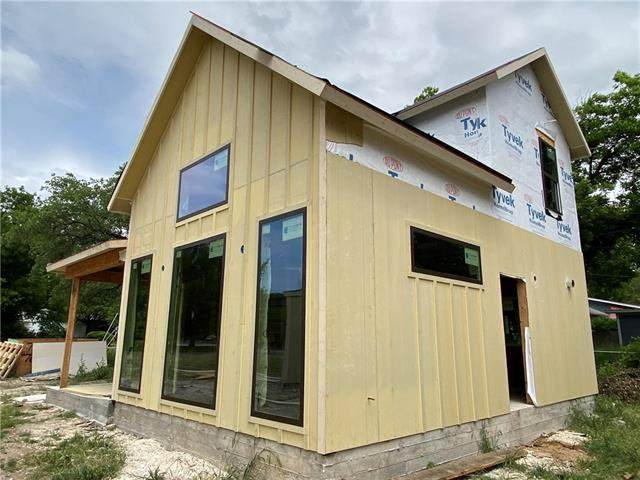 7613 Gault St B, Austin, TX 78757 (#8230166) :: Lauren McCoy with David Brodsky Properties