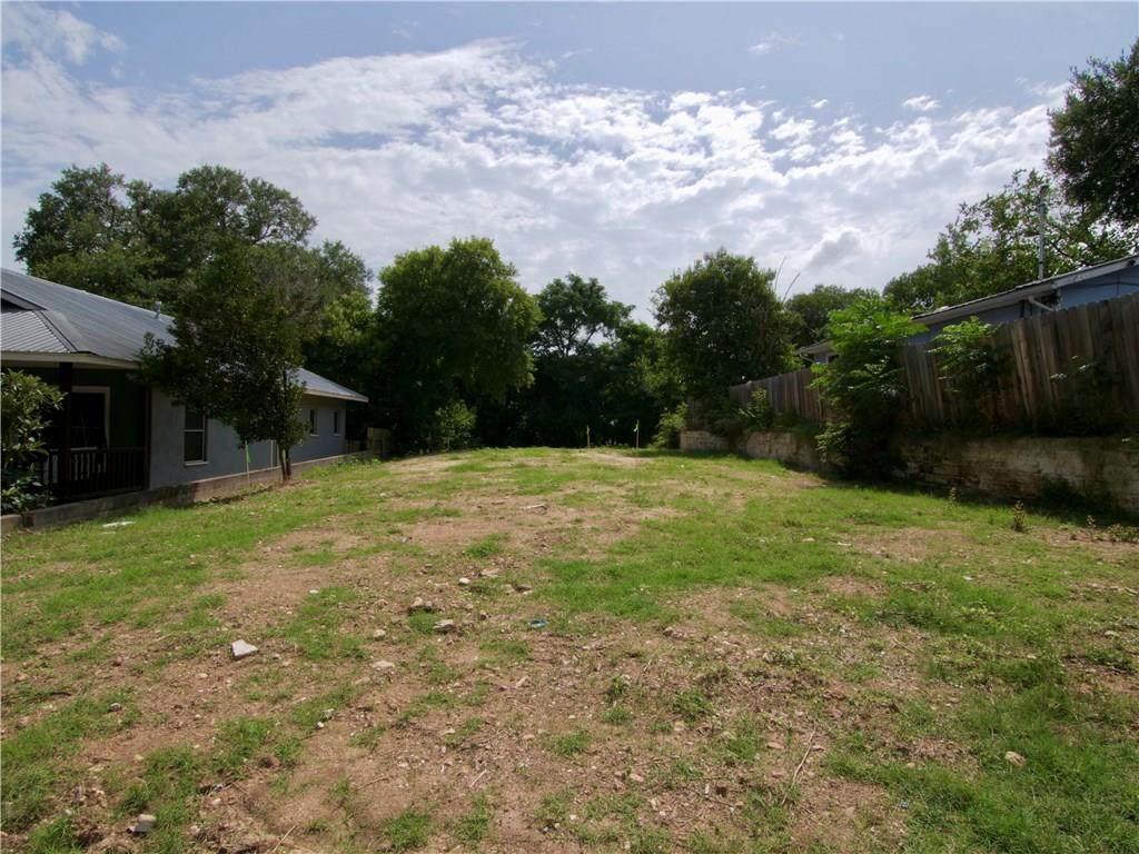 1140 Northwestern Ave - Photo 1