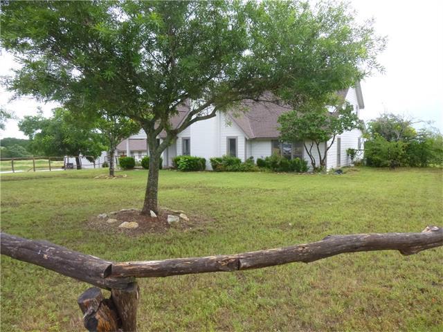 900 San Gabriel Dr, Liberty Hill, TX 78642 (#1006505) :: Forte Properties