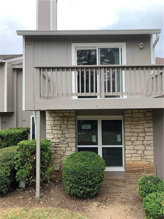 1711 Timber Brush Trl, Austin, TX 78741 (#7909166) :: Ben Kinney Real Estate Team