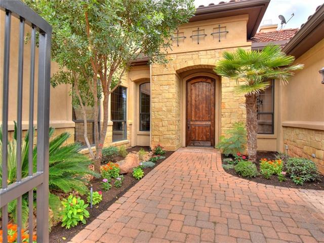 5 Applegreen Ln, The Hills, TX 78738 (#8797465) :: Kevin White Group