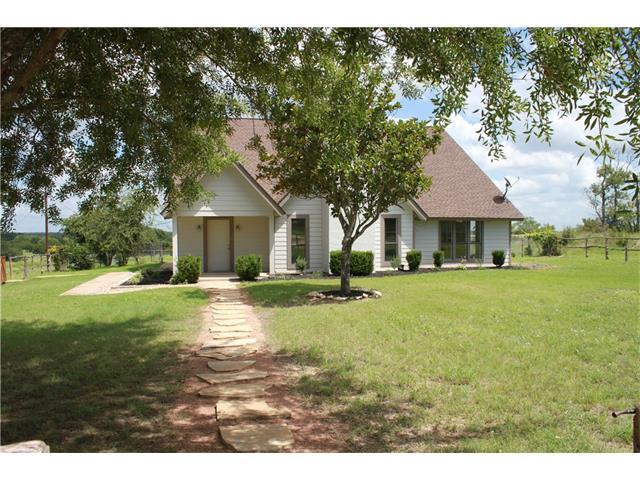 900 San Gabriel Dr, Liberty Hill, TX 78642 (#7295863) :: Forte Properties