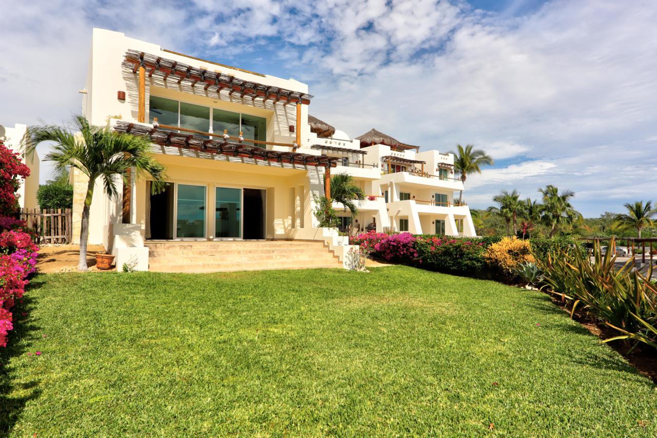 La Vista Villa 6 - Photo 1