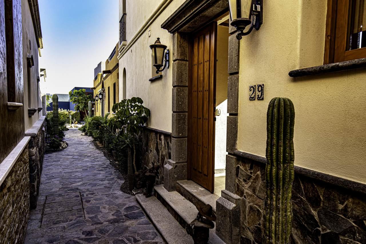 Calle Homero Davis - Photo 1