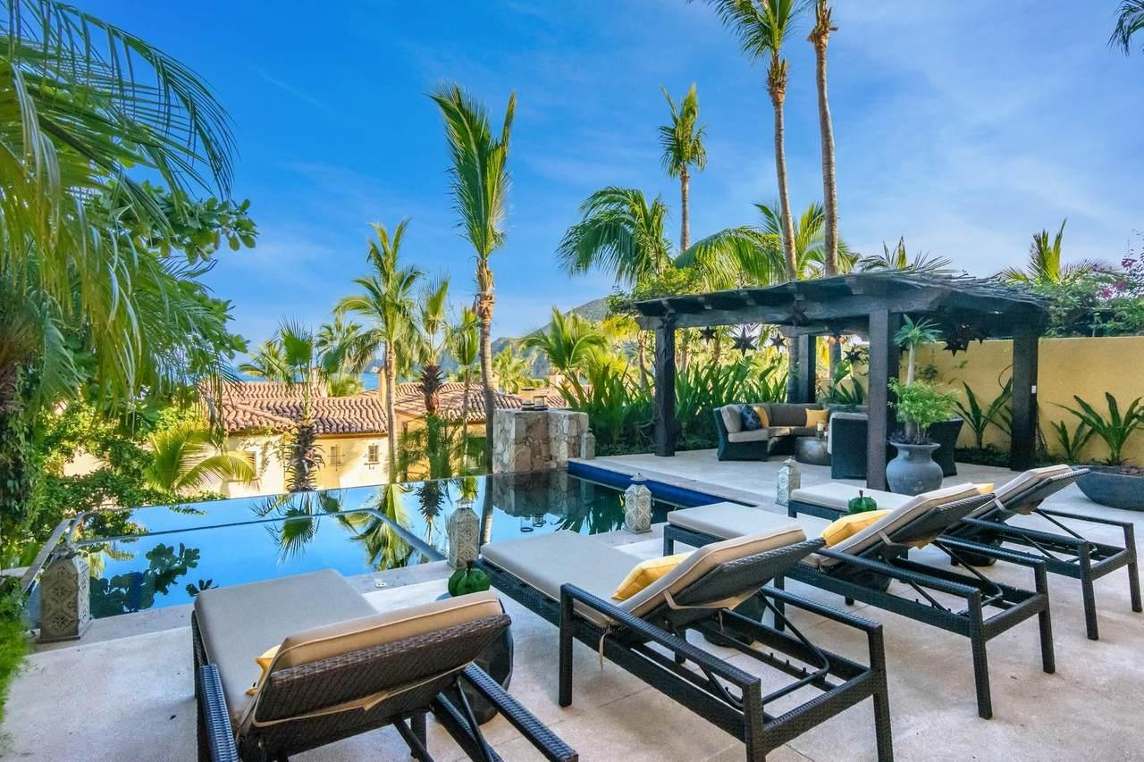 Hacienda Beach Club - Photo 1