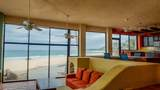 Beachfront Surf Home No Hoa - Photo 8