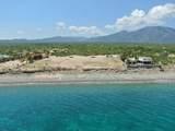 San Isidro - Photo 1