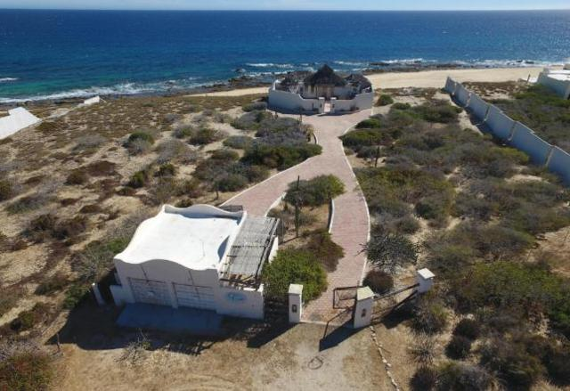 East Cape Beach Road, East Cape, BS  (MLS #18-1283) :: Los Cabos Agent
