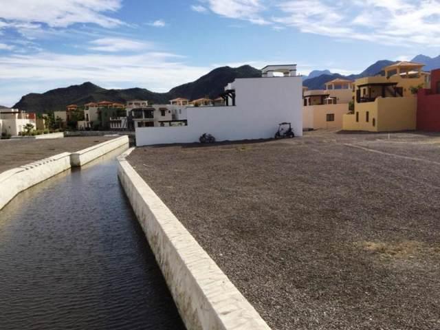 Avenida Aguas Frescas, Loreto, BS  (MLS #19-3434) :: Coldwell Banker Riveras