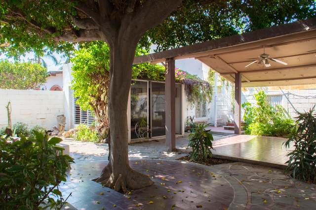 2135 Calle Baja California 23000, La Paz, BS  (MLS #20-2406) :: Coldwell Banker Riveras