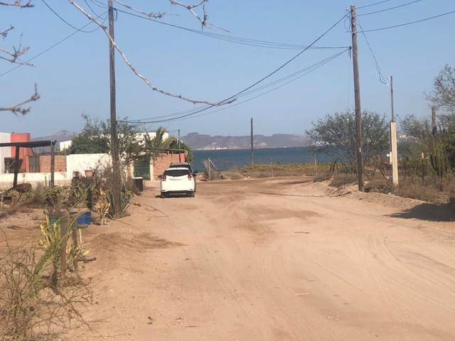 LOTE 4 Calle 3 North E/ Harold Foster, La Paz, BS  (MLS #20-2915) :: Own In Cabo Real Estate
