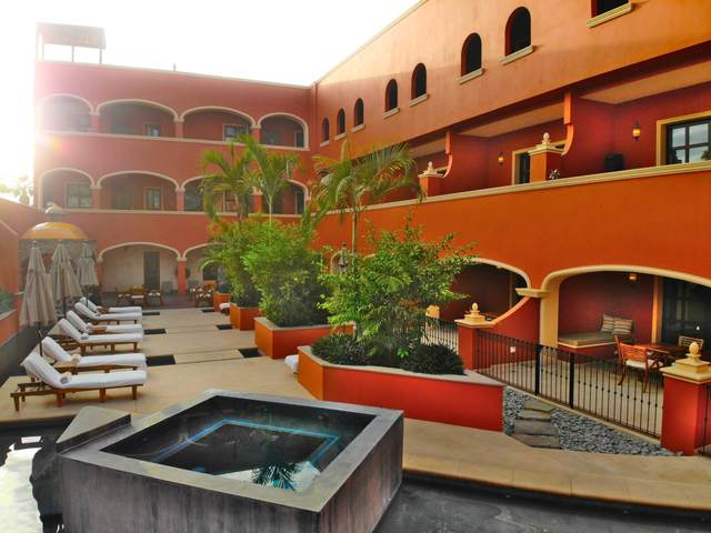 Heroico Colegio Militar #303, Pacific, BS  (MLS #20-2972) :: Own In Cabo Real Estate