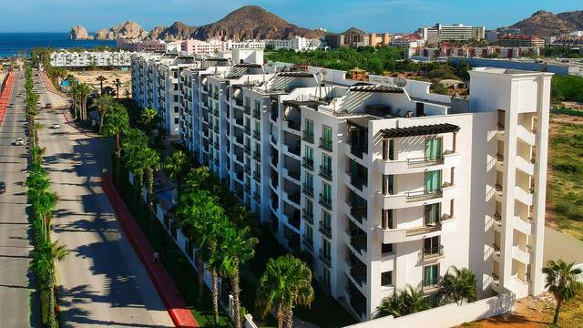 Blvd. Constituyentes 106H, Cabo San Lucas, BS  (MLS #20-3039) :: Coldwell Banker Riveras